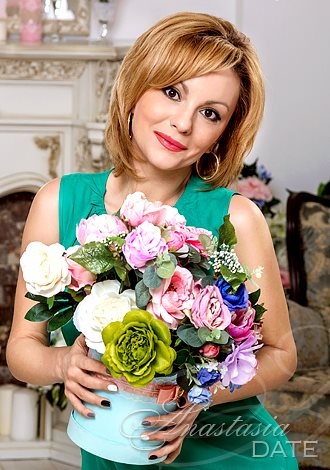 Gorgeous girls only: Russian romantic woman Viktoriya from Krivoy Rog